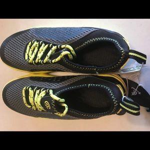 975a72b676e7 Champion Shoes - Boys Champion Water Sneakers Size 3